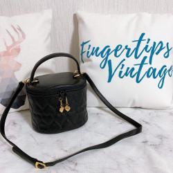 Moschino Heart Vanity Shoulder Bag - 00744
